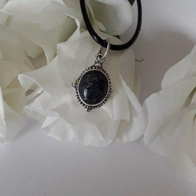 AGNES CREATIONS / Pendentif Femme Mode style ancien en Argent 925 & Lapis Lazuli