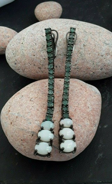 AGNES CREATIONS /Longues boucles oreilles Créateur opale & émeraudes argent 925