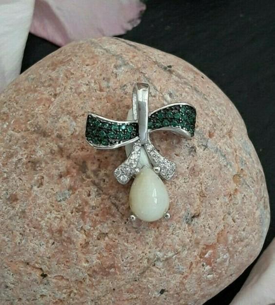 pendentif de créateur noeud orné opale & zirconium argent 925