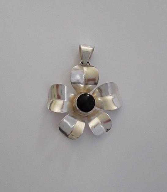 Beau Pendentif en Argent 925 Fleur Rock & Glam orné onyx