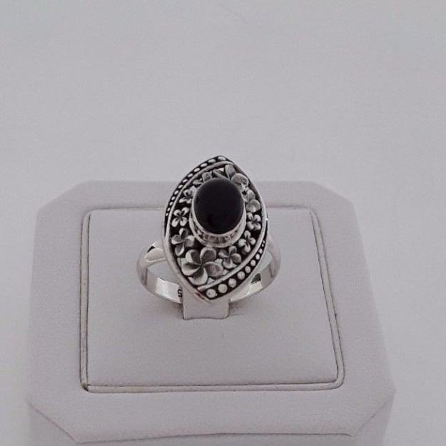 AGNES CREATIONS / JOLIE BAGUE FEMME MARQUISE ARGENT 925 ORNEE ONYX  -  TAILLE 58